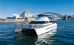 morpheus luxury boat rental for famliy sydney